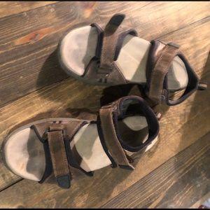 State street sandals